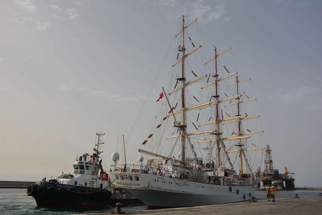 El buque escuela polaco Dar Mlodziezy. | DA