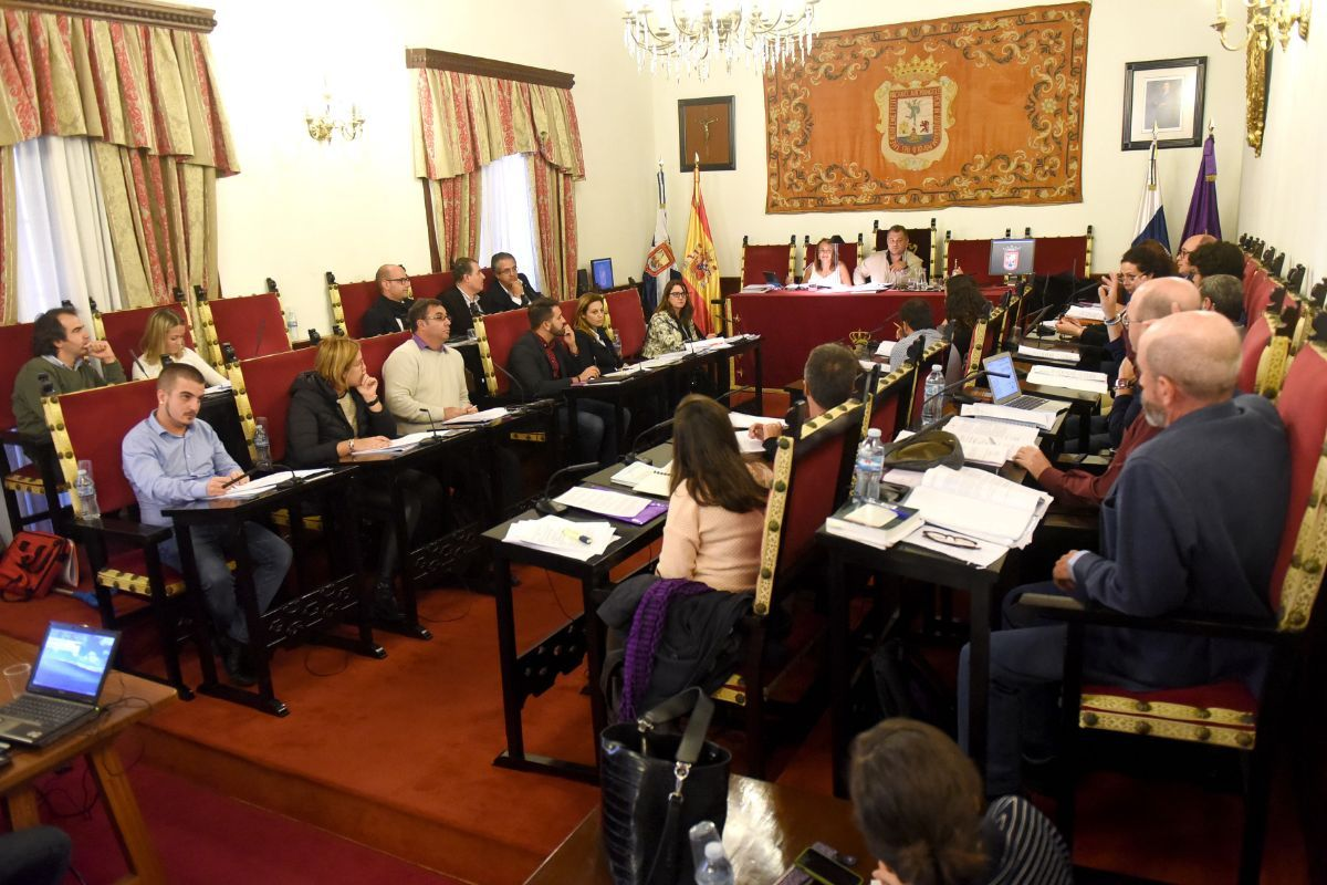 CC y PSOE solo tienen 9 concejales, por 15 la oposición y 3 no adscritos. DA