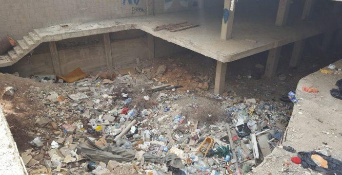 Arona ha abierto expediente a la propiedad del edificio en ruinas en Los Cristianos