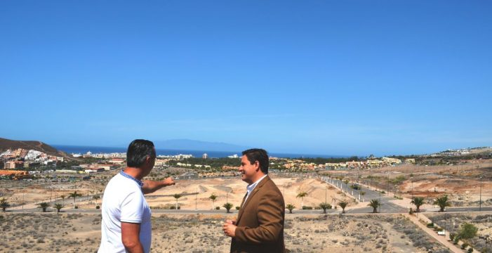 Arona concede la primera licencia para construir un hotel en El Mojón