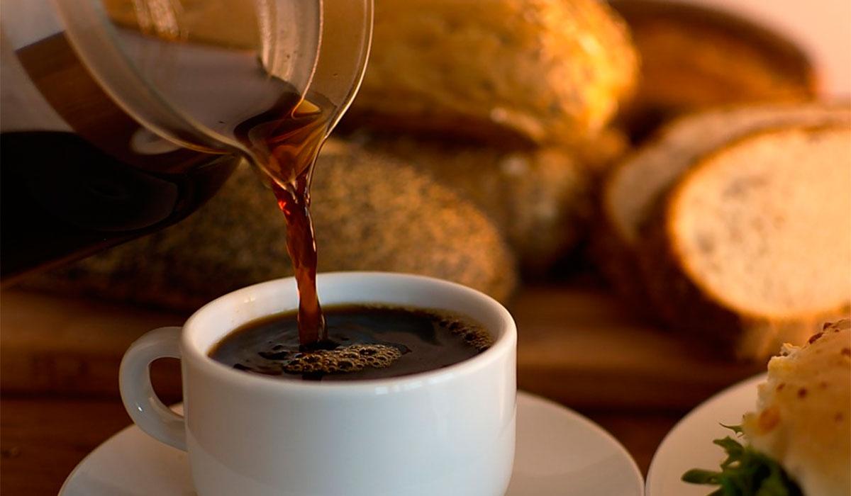 PAN Y CAFÉ