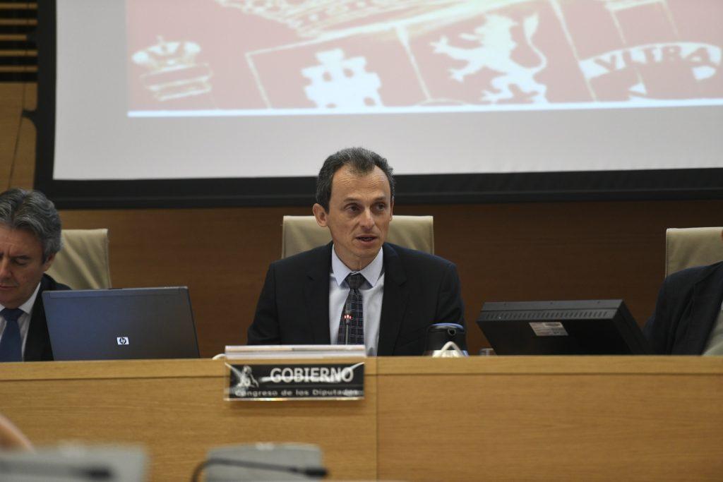 El ministro de Ciencia, Innovación y Universidades, Pedro Duque, en su primera comparecencia en la Comisión de Ciencia del Congreso. | EP