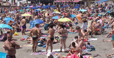 Canarias perderá este año casi un millón de turistas, según la patronal