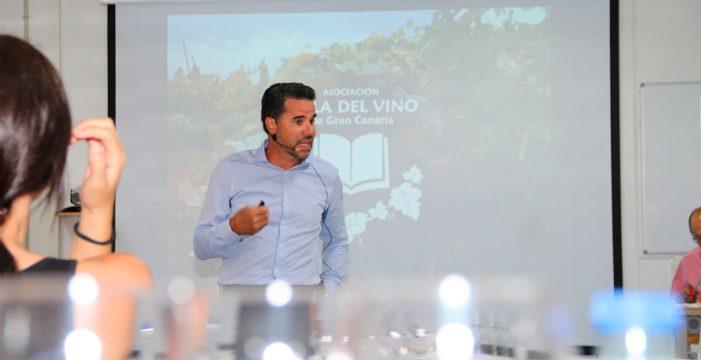"""González Mendoza: """"Los canarios consumen casi tanto queso como los franceses"""""""