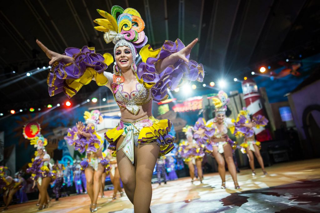 Resultado de imagen de comparsas carnaval santa cruz tenerife