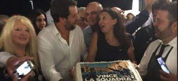 Twitter arde contra Salvini por irse de fiesta el día de la tragedia en Génova