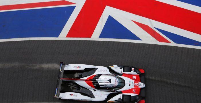 Fernando Alonso remonta hasta la victoria en las Seis Horas de Silverstone con su Toyota