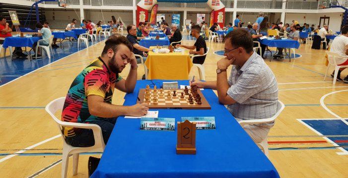 Turov y Kurajika son los únicos en ganarlo todo
