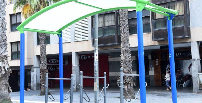 Movilidad instalará 72 nuevos aparcabicicletas con el próximo curso escolar