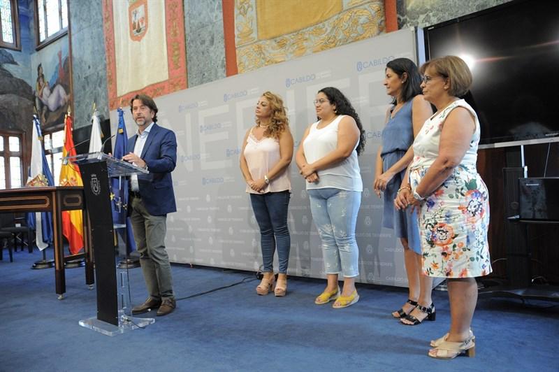 Gobierno de Canarias y Cabildo de Tenerife destinarán 67 millones de euros a la atención de la dependencia. | DA
