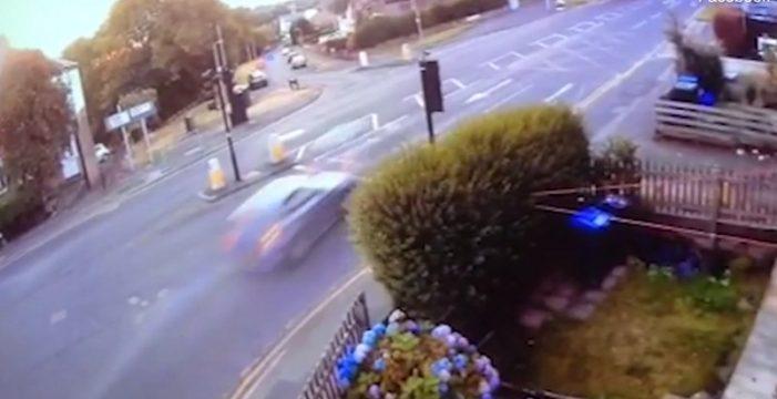 Graban un espectacular accidente que costó la vida a 4 jóvenes en un BMW recién comprado