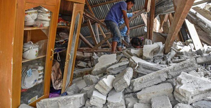 Ya son 91 los muertos y más de 200 los heridos por el terremoto en la costa de Indonesia