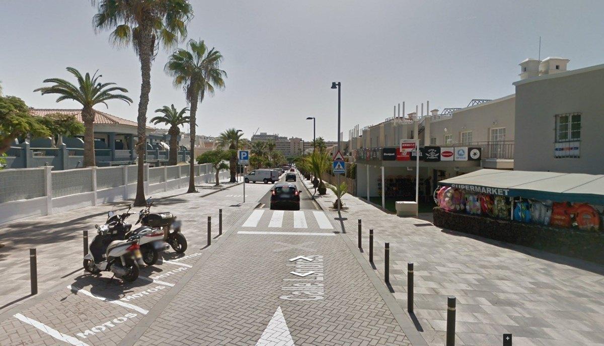 Calle Londres, en Adeje, la más cara de Canarias. / EP