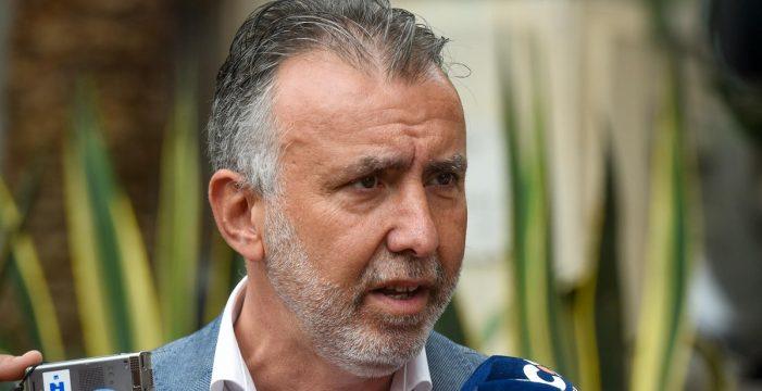 El PSOE baraja censurar a Clavijo si es imputado por el caso Grúas