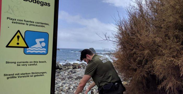 Santa Cruz precinta el muelle del Roque de las Bodegas ante el riesgo de derrumbe inminente