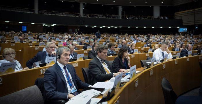 """Canarias ejercerá su """"propia"""" acción exterior y firmará tratados o convenios"""