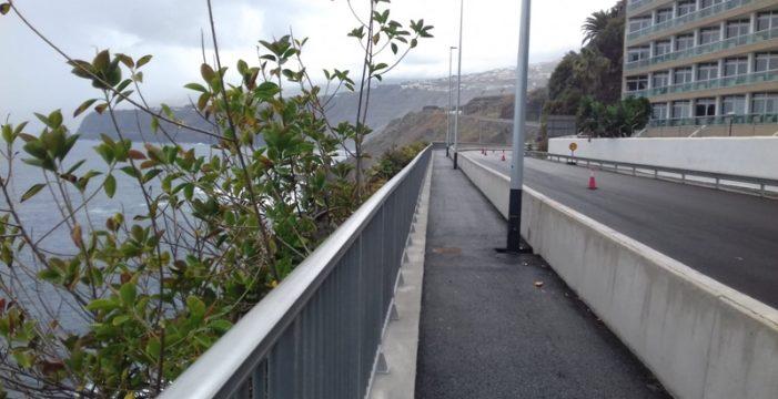 La carretera de acceso por Martiánez no descarta abrirse la próxima semana