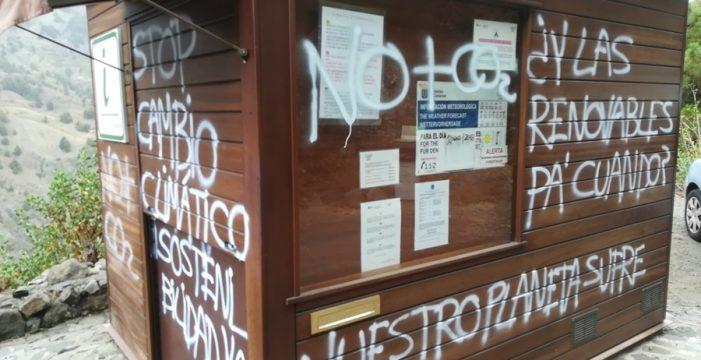 Denuncian actos de vandalismo en las casetas del Parque Nacional