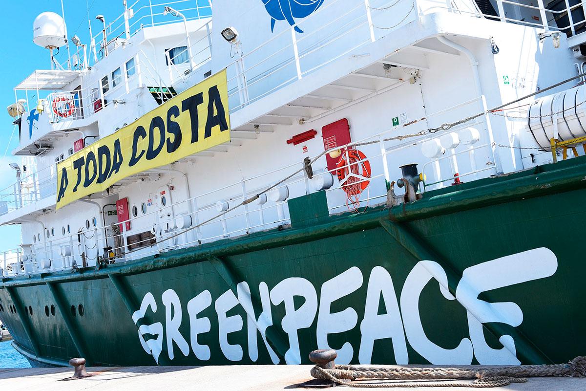 Greenpeace denuncia desde Tenerife los vertidos al mar y la destrucción de la costa
