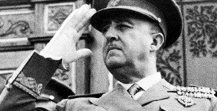 Franco ya no es Hijo Adoptivo de San Juan de la Rambla