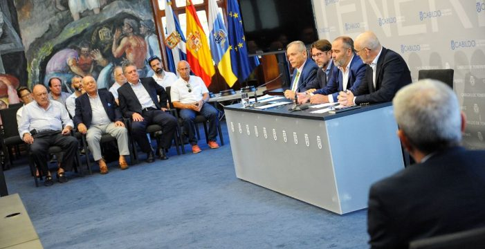 El Cabildo y El Rosario firman al fin la rehabilitación del polígono de La Campana