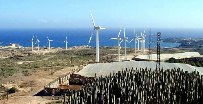 Las empresas eólicas recurren por vía judicial el canon de Arico