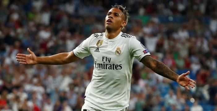 El Real Madrid hace valer sus galones contra la Roma en el Bernabéu (3-0)
