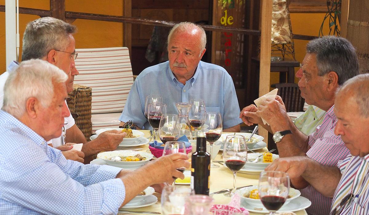 En la comida, celebrada en Valle Guerra, se criticó con dureza el trato que reciben desde su propio partido, ATI-Coalición Canaria. Sergio Méndez