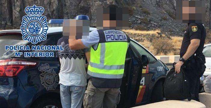 Capturados los dos jóvenes que atracaron y acuchillaron a una pareja en el sur de Tenerife