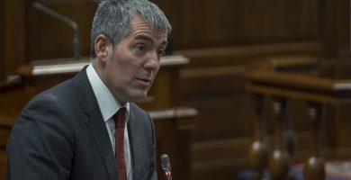 """Clavijo acusa a Podemos de """"despreciar"""" la democracia y """"enfangar"""""""