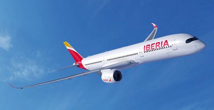 "Un vuelo de Tenerife a Madrid regresa a la Isla por ""un problema técnico menor a bordo"""