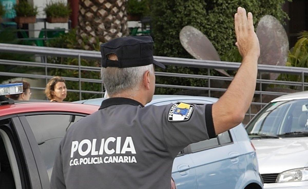 Agente de la Policía Canaria. / EP