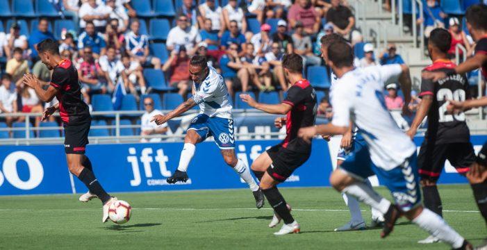 El Tenerife cae en casa y ya se cuestiona al entrenador (0-1)