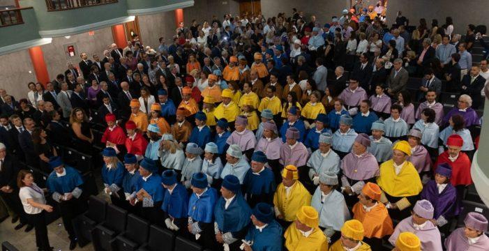 La ULL comienza oficialmente su curso 2018-2019 con un solemne acto en el Paraninfo