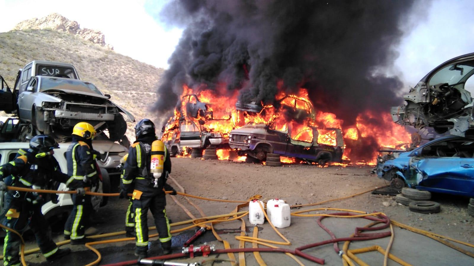 incendiodesguace (2)
