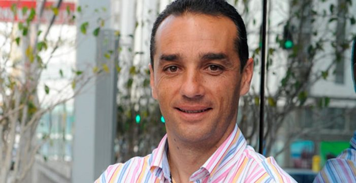 El Tenerife piensa en Oltra para llevar al equipo a primera