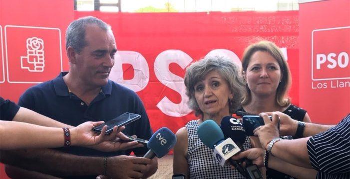 """La ministra de Sanidad aboga en La Palma por """"dejar de lado la crispación"""""""