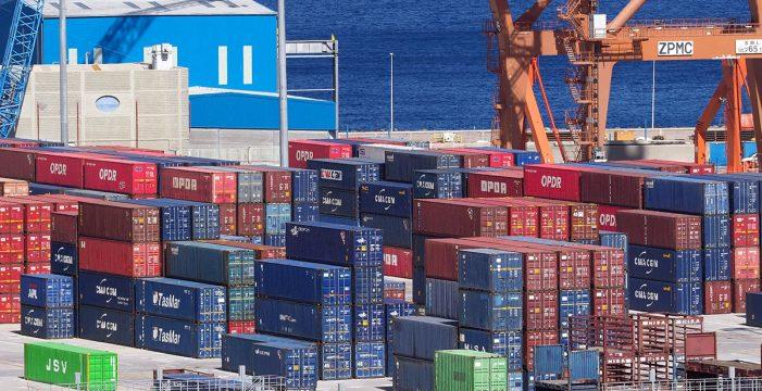 Competencia pone pegas a las ayudas al transporte de mercancías en las Islas