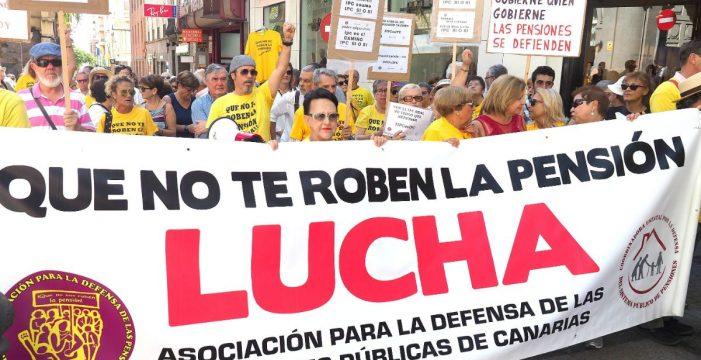 Los pensionistas vuelven a la calle mientras el Pacto de Toledo aplaza para mañana su decisión