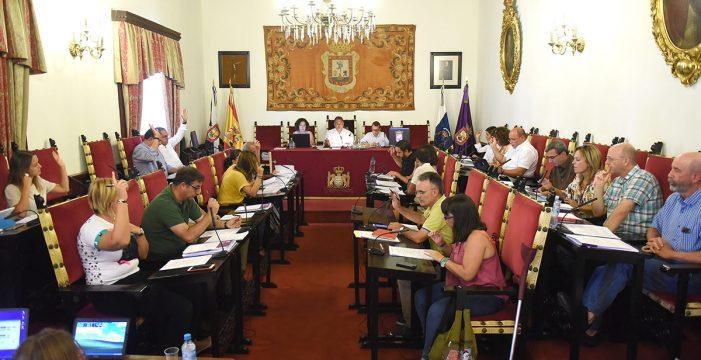 El Pleno de La Laguna acuerda la fiscalización de las cuentas de todos los grupos