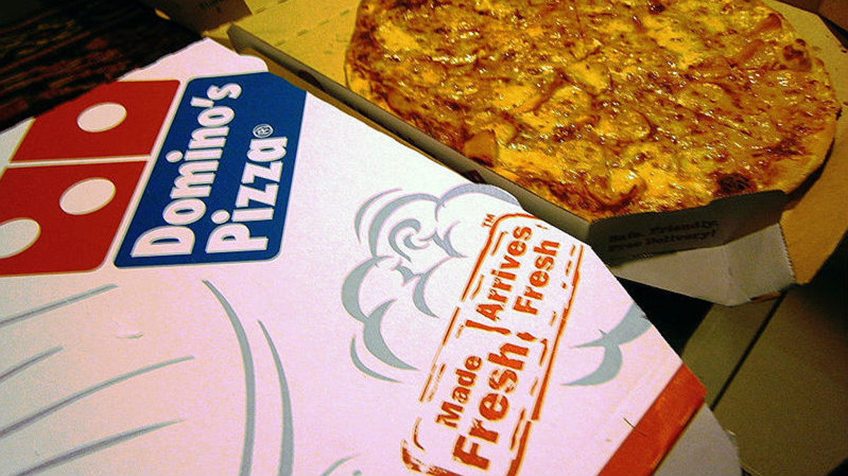 Pizzas gratis de por vida a cambio de un tatuaje. / TWITTER