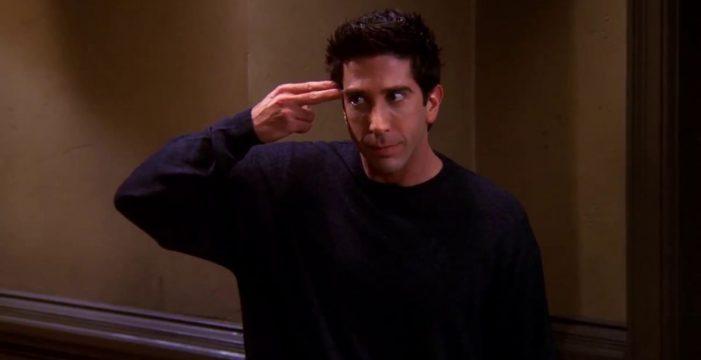 """La Policía busca a un sospechoso que """"se parece a Ross, de 'Friends"""