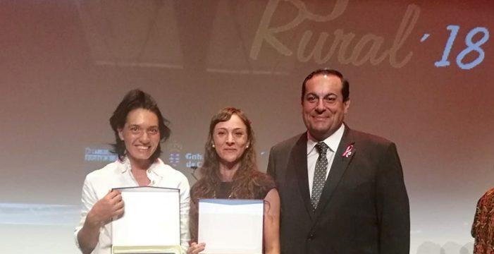 Victoria Torres y Ana Sánchez, galardonadas en los Premios Mujer Rural 2018