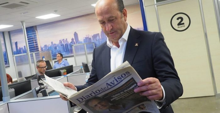 """José Francisco Pérez: """"Invertimos más de  600.000 euros en la lucha canaria y 1,2 millones en los deportes autóctonos"""""""
