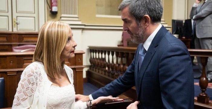 """Clavijo afronta su reunión con Sánchez """"aliviado"""" por el Estatuto y el REF"""