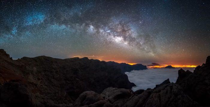 El astrofotógrafo Alyn Wallace, sin palabras ante la Vía Láctea en La Palma