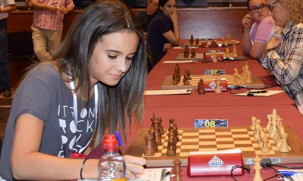 Adhara sigue imbatida en el Mundial femenino sub 14