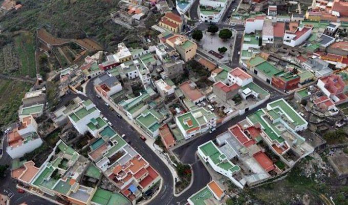 El barrio El Carmen se manifiesta contra el Gobierno de Arafo