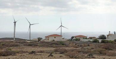 Vecinos de Arico logran que la Justicia condene al Gobierno y declare nulo un parque eólico