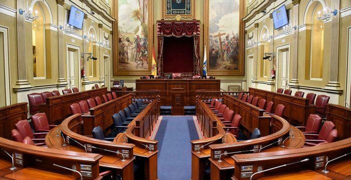 El Parlamento aborda hoy un pleno monográfico sobre la reforma del Estatuto